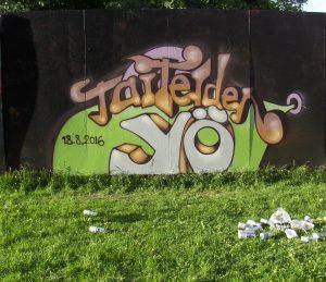 Taiteiden yö 2016 -tapahtuman ensimmäiset merkit ilmestyivät katukuvaan, kun turkulainen taiteilija maalasi graffitin Sampppalinnan puiston taidekonttiin.